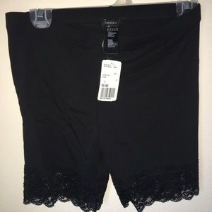 Forever 21 Shorts - NWT Forever 21 Shorts w Lace
